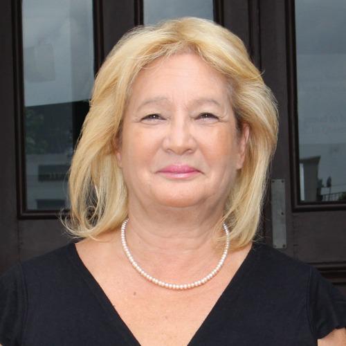 Martha Flores-Vazquez's Biography